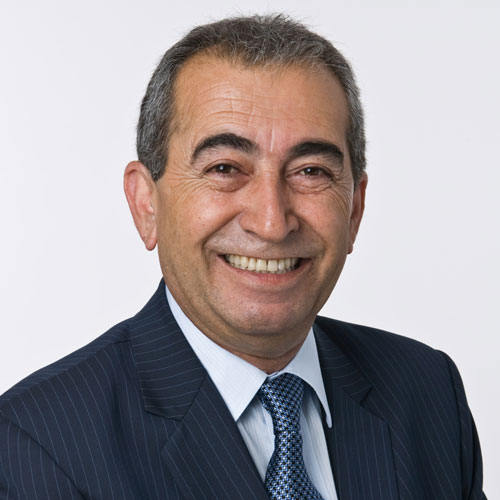 Dr. Esmael Adibi
